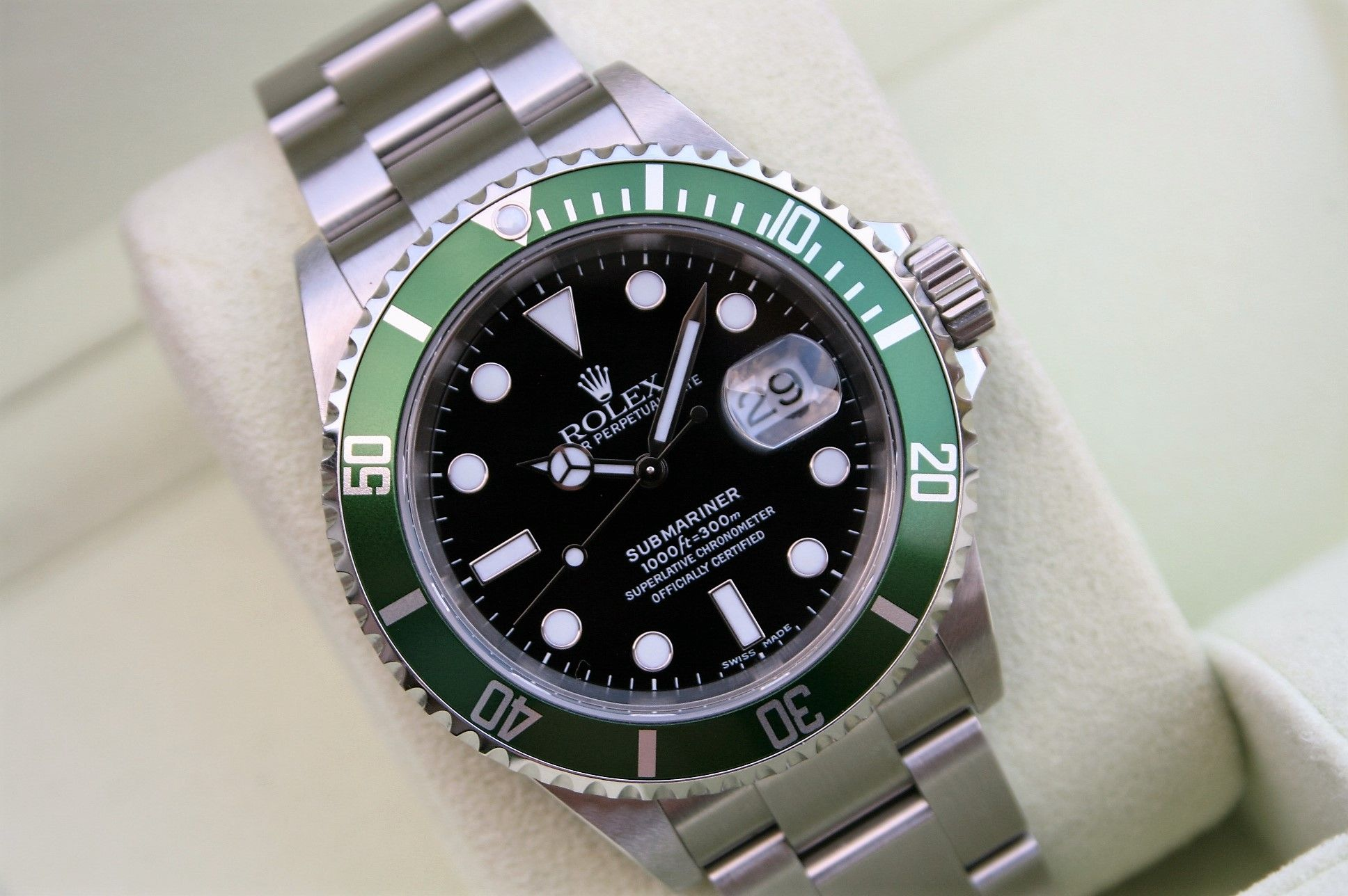 rolex 16610lv green submariner sd watches. Black Bedroom Furniture Sets. Home Design Ideas